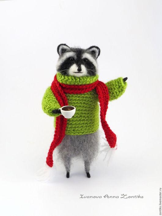 """Миниатюра ручной работы. Ярмарка Мастеров - ручная работа. Купить Енот """"Может кофейку?"""". Handmade. Серый, подарок для любителя кофе"""