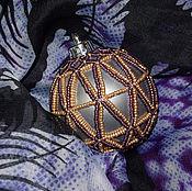 Подарки к праздникам ручной работы. Ярмарка Мастеров - ручная работа Елочный шар - красота геометрии. Handmade.