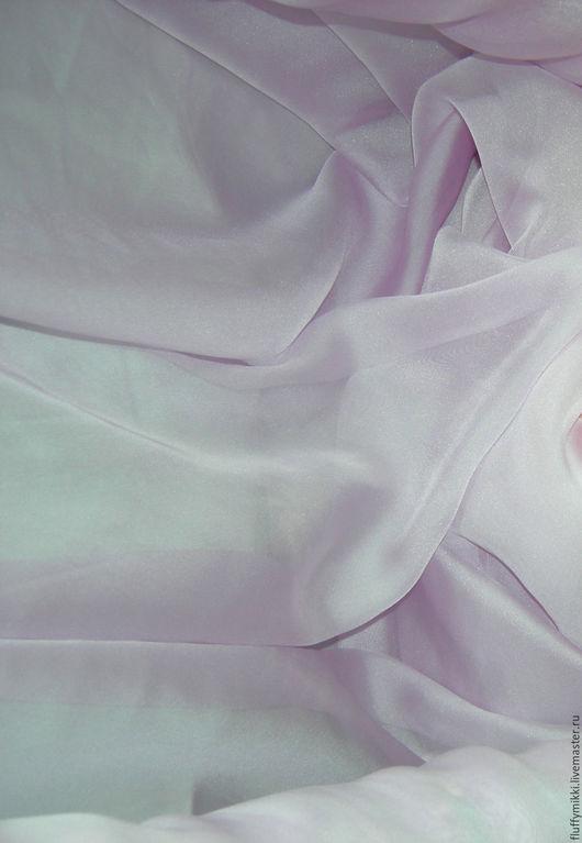 Шифон лаванда Подойдет для:  платье, блузка, воздушная юбка, пижама, пеньюар, белье, халат, палантин, шарф.  Для танцевальных костюмов, костюм для танца живота, костюм для восточных танцев ..