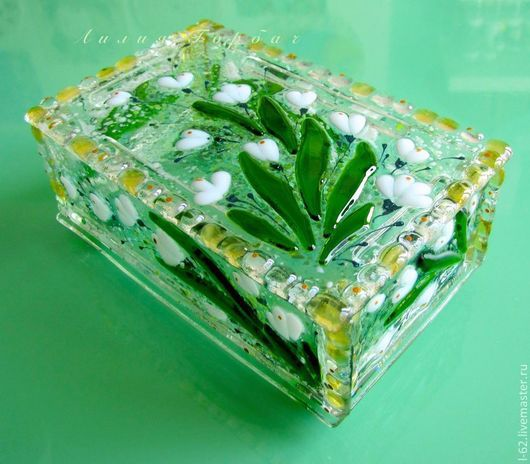 Trinket Boxes handmade. Livemaster - handmade. Buy box and glass fusing Snowdrops for your favorite.Fusing, interior