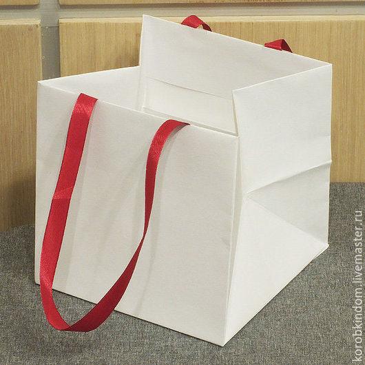 Упаковка ручной работы. Ярмарка Мастеров - ручная работа. Купить Пакет 15х15х15 белый с ручками из красных лент. Handmade. Пакет