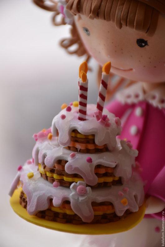 Коллекционные куклы ручной работы. Ярмарка Мастеров - ручная работа. Купить Куколка с тортом из фоамирана. Мастер-класс. Handmade. Фуксия