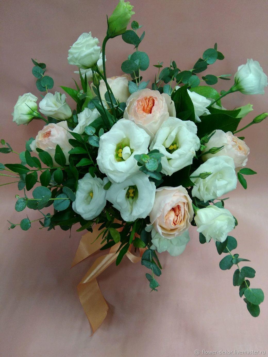 Букеты ручной работы. Ярмарка Мастеров - ручная работа. Купить Букет невесты Бело-персиковый с пионовидной розой и колокольчиком. Handmade.