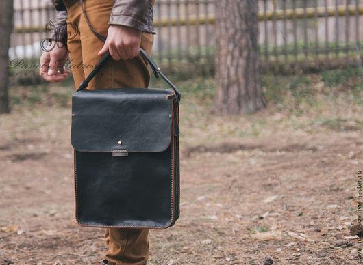 Мужские сумки ручной работы. Ярмарка Мастеров - ручная работа. Купить Сумка из натуральной кожи. Handmade. Черный