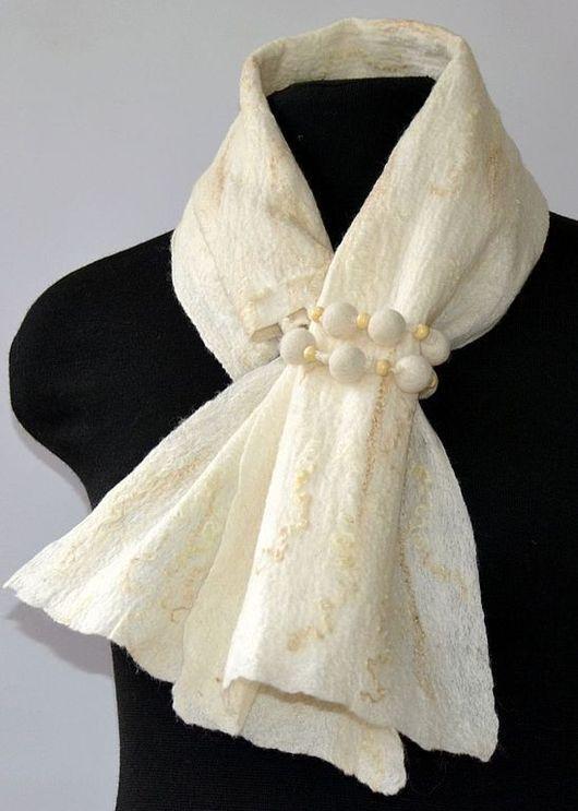 """Шарфы и шарфики ручной работы. Ярмарка Мастеров - ручная работа. Купить шарфик """" безе"""". Handmade. Валяный шарф"""