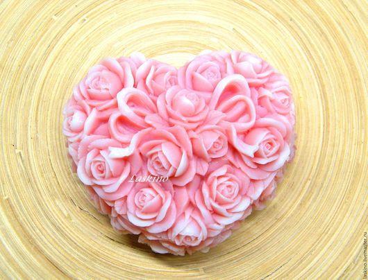 Мыло ручной работы. Ярмарка Мастеров - ручная работа. Купить ШКАТУЛКА из РОЗ, мыло сувенирное.. Handmade. Розовый, розы, сердце