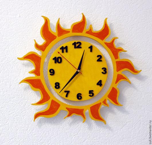 """Часы для дома ручной работы. Ярмарка Мастеров - ручная работа. Купить Часы настенные в детскую """"Солнышко ясное"""". Handmade. Желтый"""