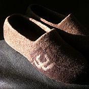 Обувь ручной работы. Ярмарка Мастеров - ручная работа Мужские тапки  валяные. Handmade.