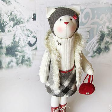 """Кошка """"Зимой прогулки холодны..."""""""