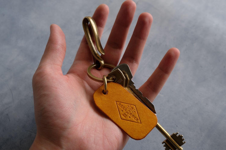 Латунный крюк для ключей