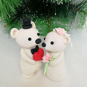 Свадебный салон ручной работы. Ярмарка Мастеров - ручная работа Белые медведи любовь. Фигурка для свадебного торта. Handmade.