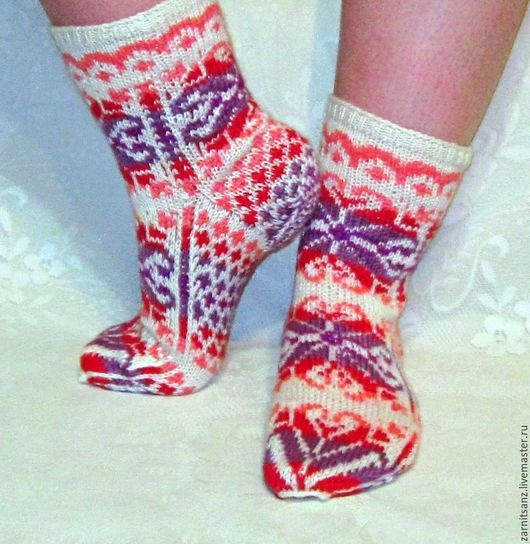 """Носки, Чулки ручной работы. Ярмарка Мастеров - ручная работа. Купить носки """"Радужные снежинки"""" белые с фиолетовым из шерсти с вискозой. Handmade."""