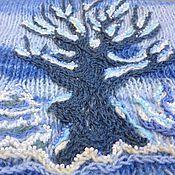 Подарки к праздникам ручной работы. Ярмарка Мастеров - ручная работа Новогодний лес - вязаный жилет с вышивкой бисером. Handmade.
