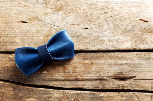 Галстуки, бабочки ручной работы. Ярмарка Мастеров - ручная работа. Купить Кожаная галстук - бабочка ручной работы. Синяя галстук - бабочка. Handmade.
