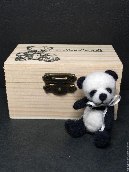 Броши ручной работы. Ярмарка Мастеров - ручная работа. Купить Брошка-панда со шкатулкой. Handmade. Брошь, подарок, для девушки