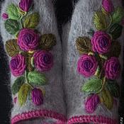Варежки ручной работы. Ярмарка Мастеров - ручная работа Варежки с вышивкой  Розовые  Розы рококо. Handmade.