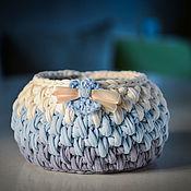 Корзины ручной работы. Ярмарка Мастеров - ручная работа Вязаная корзинка из трикотажной пряжи. Handmade.