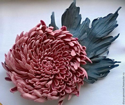 """Броши ручной работы. Ярмарка Мастеров - ручная работа. Купить Брошь """"Хризантема в пыли"""". Handmade. Розовый, розовый цветок"""