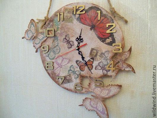 """Часы для дома ручной работы. Ярмарка Мастеров - ручная работа. Купить Часы настенные старинные """"Бабочки"""". Handmade. Часы настенные"""