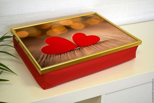 Мебель ручной работы. Ярмарка Мастеров - ручная работа. Купить Столик-поднос на красной подушке (с вашей картинкой). Handmade.
