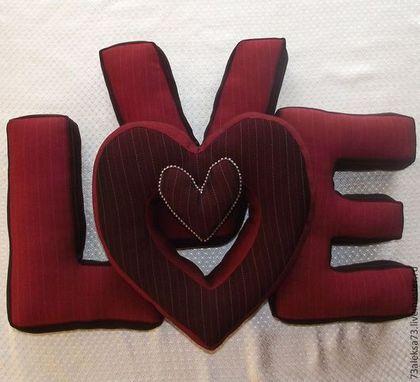 Интерьерные слова ручной работы. Ярмарка Мастеров - ручная работа LOVE подушки-буквы. Handmade.
