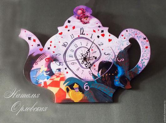 """Часы для дома ручной работы. Ярмарка Мастеров - ручная работа. Купить Часы  """"Алиса в Стране Чудес"""" ПРОДАНЫ. Handmade. Розовый"""