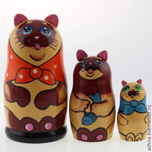 """Матрешки ручной работы. Ярмарка Мастеров - ручная работа. Купить Матрешка 3 места, """"Сиамская кошка"""", 13.5 см. Handmade."""
