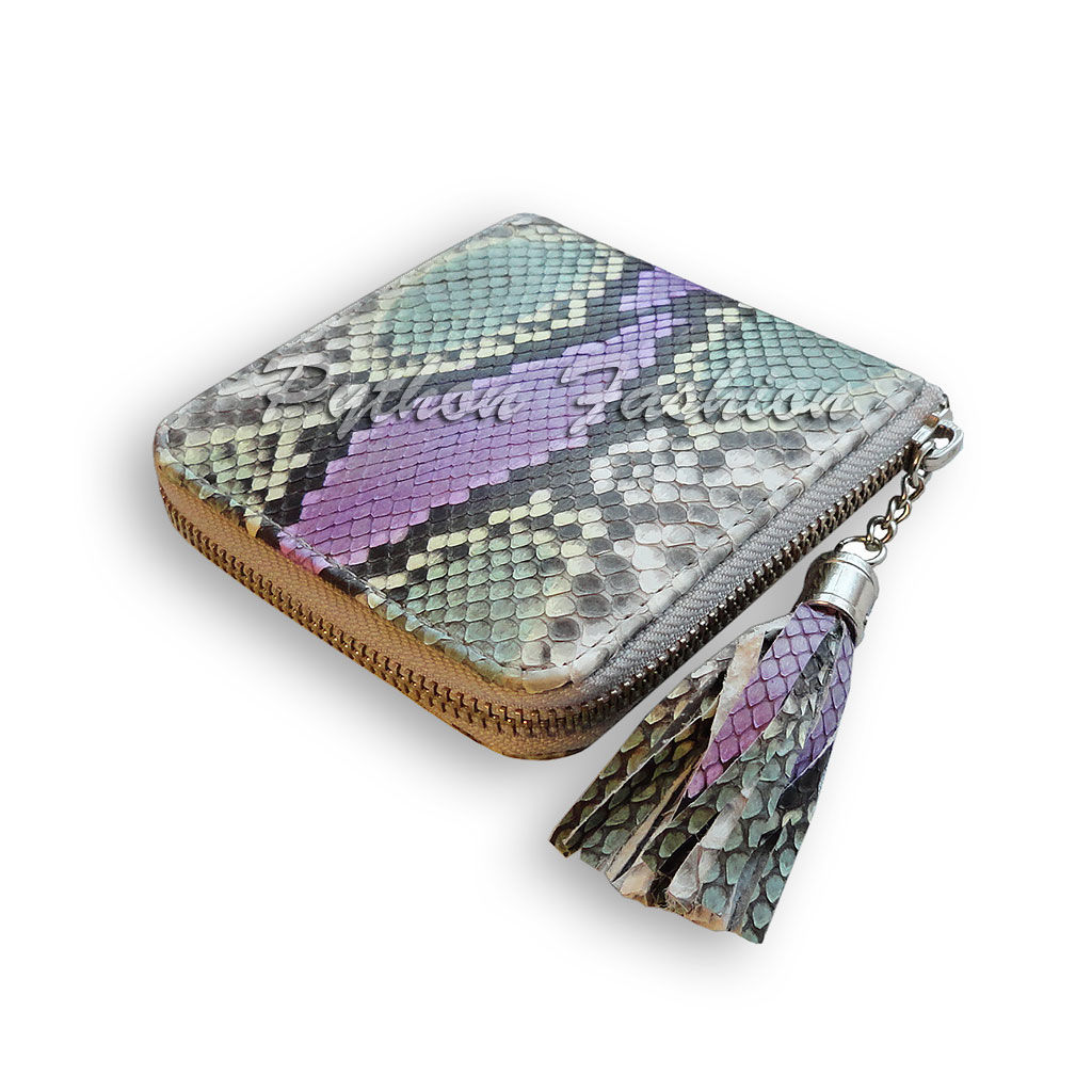 The wallet is made of Python skin. Stylish wallet Python zip. Betonowy women's wallet handmade. Small wallet made from Python. Wallet Python. Small women's wallet Python. Inexpensive.