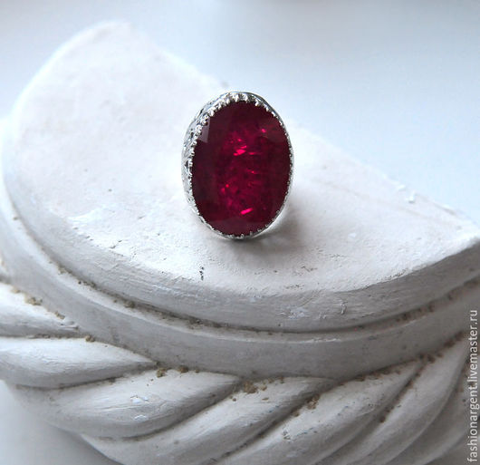 """Кольца ручной работы. Ярмарка Мастеров - ручная работа. Купить """"Сила любви""""- серебряный перстень с выращенным рубином!. Handmade."""