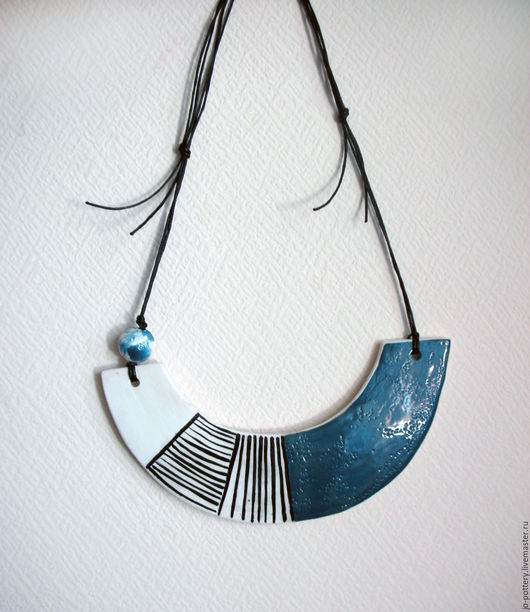 Колье, бусы ручной работы. Ярмарка Мастеров - ручная работа. Купить Ожерелье. Handmade. Синий, Керамика, украшение
