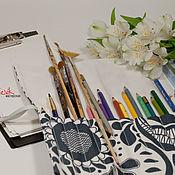 """Канцелярские товары ручной работы. Ярмарка Мастеров - ручная работа Пленерница """"Серые цветы"""" пенал для кистей и красок. Handmade."""