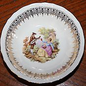 Винтаж handmade. Livemaster - original item Beautiful salad bowl with a gallant scene