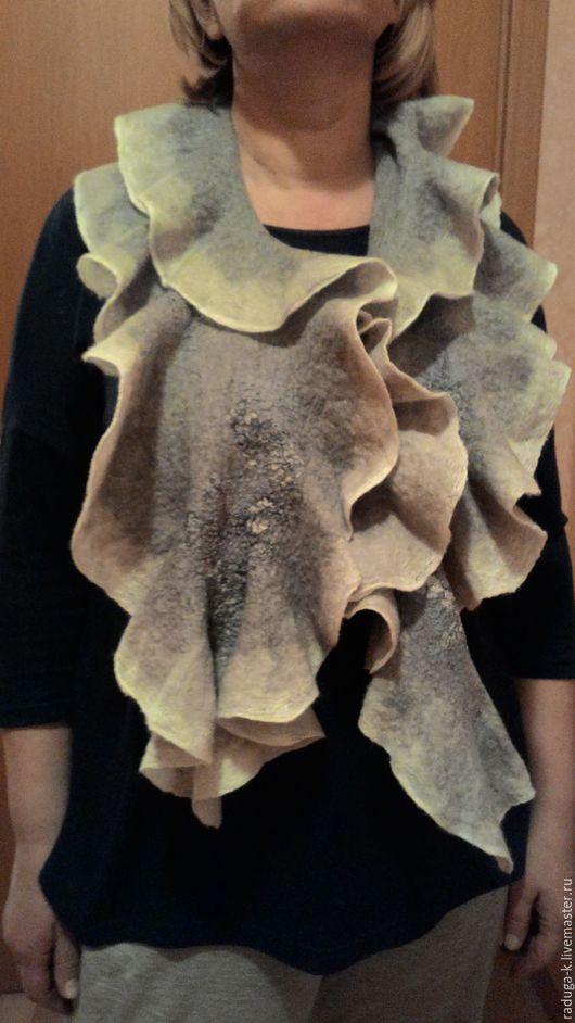 """Шарфы и шарфики ручной работы. Ярмарка Мастеров - ручная работа. Купить Шарф валяный на шёлке """"Воланы"""". Handmade. Серый, шарф"""