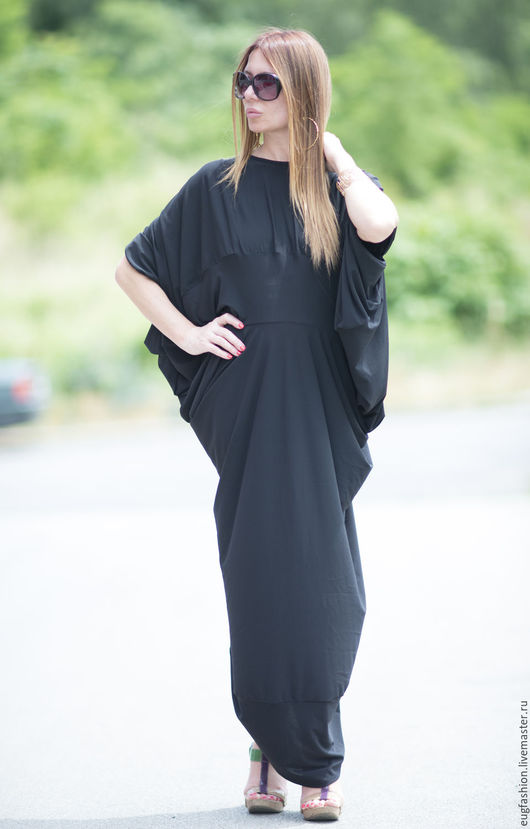 Черное платье. Длинное платье. Платье в пол. Ассиметричное платье. Ручная работа.
