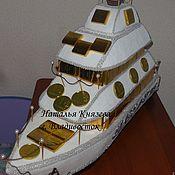Композиции ручной работы. Ярмарка Мастеров - ручная работа : Яхта из конфет с именем. Подарок для мужчины.. Handmade.