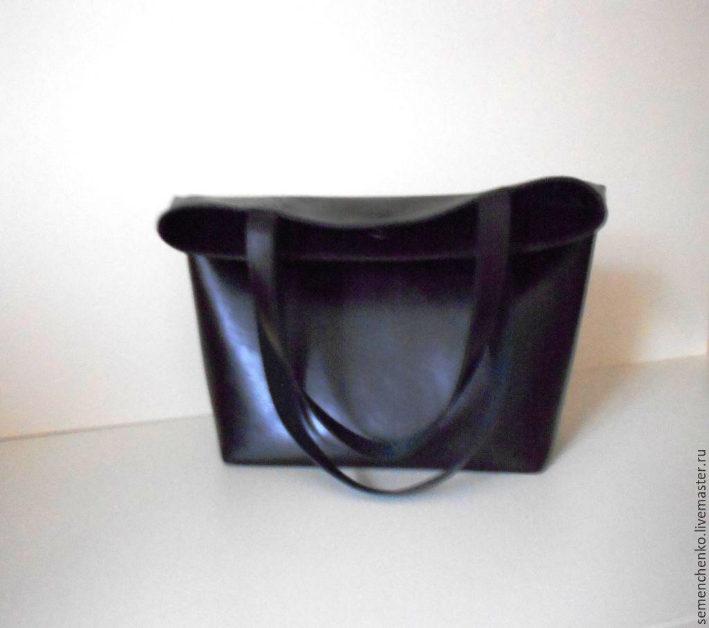 Прямая сумка плоская из кожи