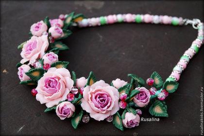 """Комплекты украшений ручной работы. Ярмарка Мастеров - ручная работа. Купить Колье """"Нежные розы"""". Handmade. Роза, кольцо с розой"""