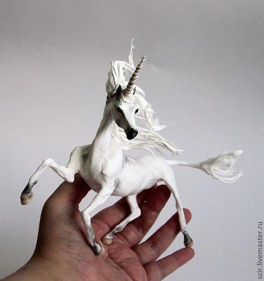 """Сказочные персонажи ручной работы. Ярмарка Мастеров - ручная работа. Купить фигурка """"белый единорог"""" (под впечатлением арабских лошадей). Handmade."""