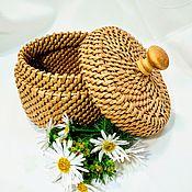 Корзины ручной работы. Ярмарка Мастеров - ручная работа Круглая плетёная корзинка с крышкой для хранения. Handmade.