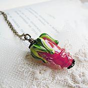 Украшения ручной работы. Ярмарка Мастеров - ручная работа Кулон бутон розы на цепочке, лэмпворк lampwork. Handmade.