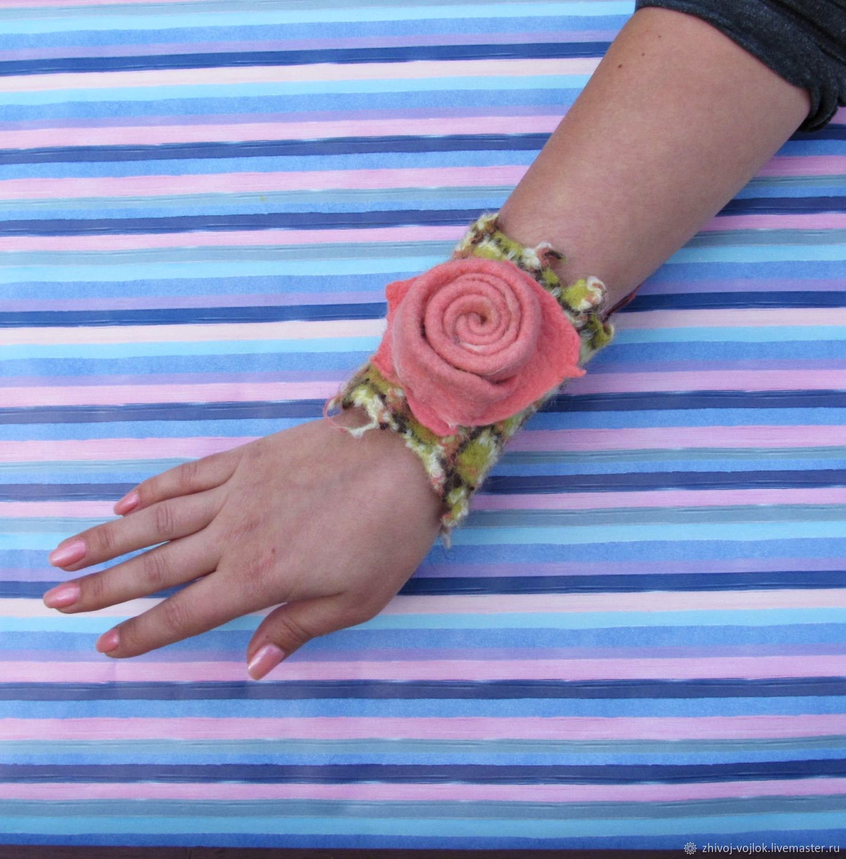 Bracelets: felt Bracelet, for lovely young ladies who appreciate brevity, Bead bracelet, Tomsk,  Фото №1