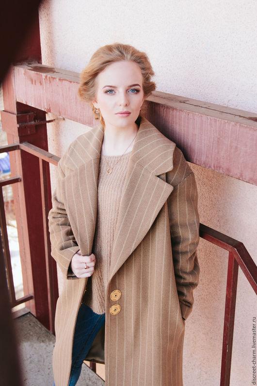 Верхняя одежда ручной работы. Ярмарка Мастеров - ручная работа. Купить Зимнее утеплённое шерстяное пальто с большом воротником. Handmade.