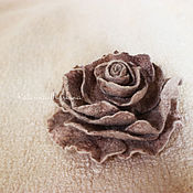 Украшения handmade. Livemaster - original item Beige felt brooch - rose. Handmade.