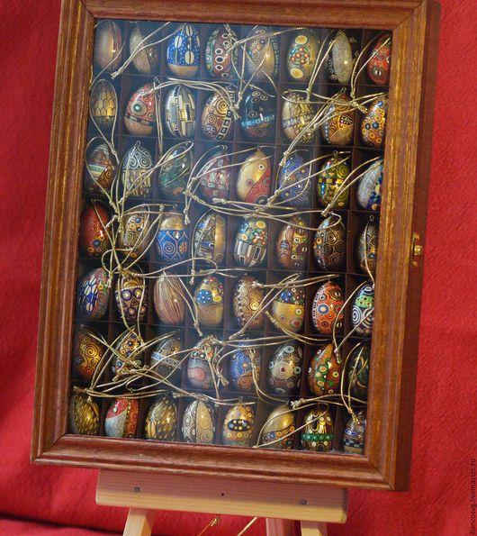 Klimt styled set of 56 different eggs painted by hand. (Available now). Вручную расписанный набор из 56 яиц в стиле Густав Климт. В отменном качестве исполнения. Коллекционный