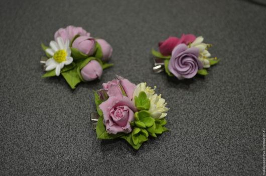 Заколки с цветочными композициями. Заколки можно носить каждый день, это будет прекрасным дополнением вашего образа.