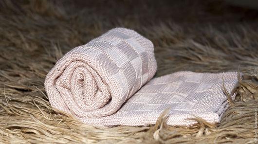 Пледы и одеяла ручной работы. Ярмарка Мастеров - ручная работа. Купить Бежевый плед для малыша. Handmade. Бежевый, подарок