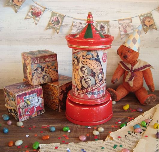 """Детская ручной работы. Ярмарка Мастеров - ручная работа. Купить Музыкальная афишная тумба и кубики """"Цирк..цирк..цирк..."""". Handmade."""