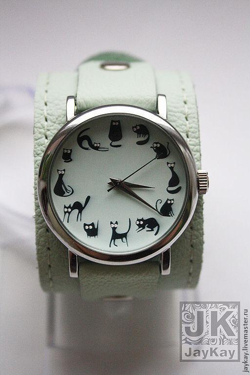 """Часы ручной работы. Ярмарка Мастеров - ручная работа. Купить Часы наручные JK """"12 котиков"""" мята. Handmade."""