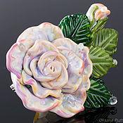 Украшения ручной работы. Ярмарка Мастеров - ручная работа Идея подарка брошь роза из стекла. Лэмпворк. Handmade.