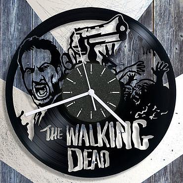 """Для дома и интерьера ручной работы. Ярмарка Мастеров - ручная работа Часы из пластинки """"The Walking Dead"""". Handmade."""